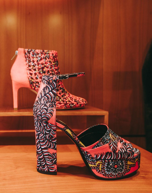 Detailaufnahme eines Schuhes von Hermès